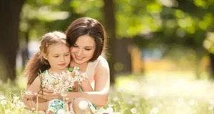 子女与母亲.jpg